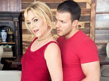Justine acquires her unshaved love tunnel banged