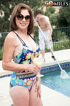 The pool lady-killer screws Cashmere's ass